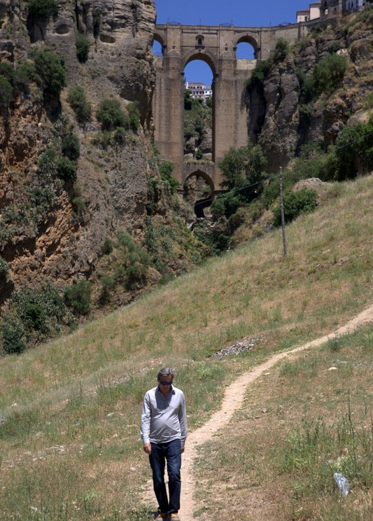 Filming the classic bridge from below